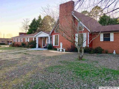 116 Yarbrough Avenue, Moulton, AL 35650 - #: 1111317