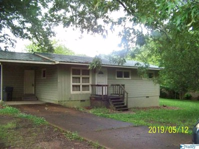 606 Tupelo Pike, Scottsboro, AL 35768 - #: 1116835