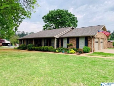 1316 Lisa Lane, Athens, AL 35611 - #: 1117396