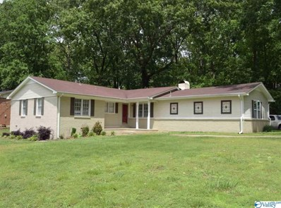401 Pawnee Trail, Huntsville, AL 35803 - #: 1118148