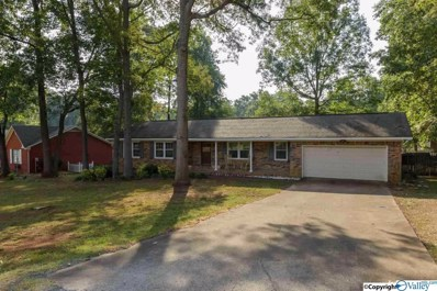1207 Wildwood Avenue, Scottsboro, AL 35769 - #: 1121262
