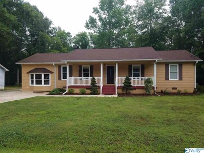 704 Forrest Avenue, Scottsboro, AL 35768 - #: 1121287