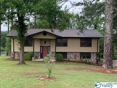507 Dredge Drive, Scottsboro, AL 35768 - #: 1121634