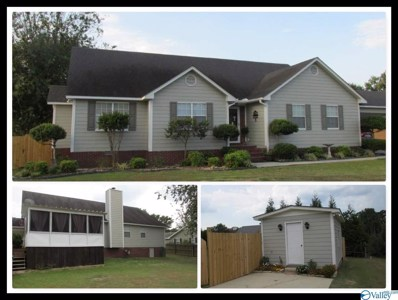63 Lee Avenue, Boaz, AL 35957 - #: 1127973