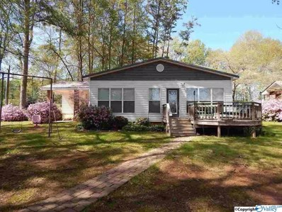1561 Point Of Pines, Guntersville, AL 35976 - #: 1135548