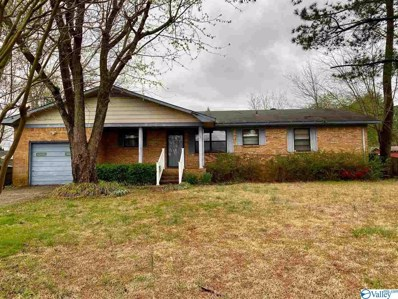 213 Larkwood Drive, Decatur, AL 35601 - #: 1140042
