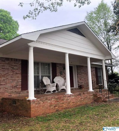 110 Main Street, Moulton, AL 35650 - MLS#: 1141111