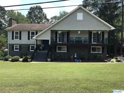 702 Rolling Avenue, Scottsboro, AL 35769 - #: 1149735