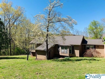 109 Colonial Drive, Scottsboro, AL 35768 - #: 1777865