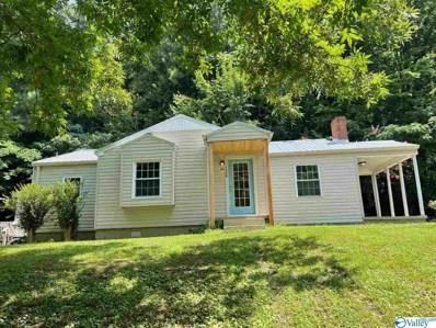 1712 Henry Street, Guntersville, AL 35976 - #: 1786729