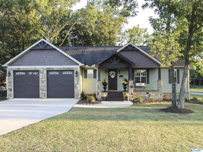 70 Buck Island Drive, Guntersville, AL 35976 - MLS#: 1792005