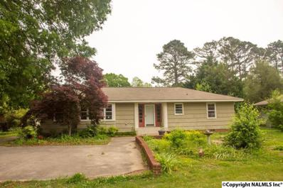 808 13th Avenue Se, Decatur, AL 35601