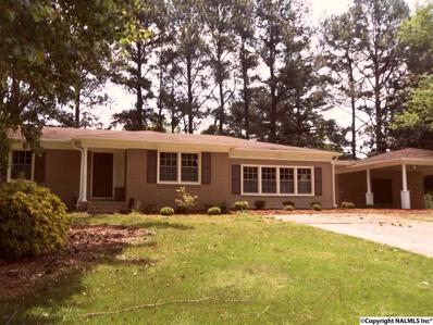 4406 West Pleasant Acres Drive, Decatur, AL 35603