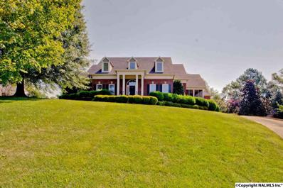 2703 Treyburne Lane, Owens Cross Roads, AL 35763