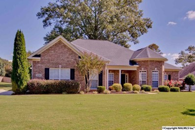 2811 Stepper Se, Hampton Cove, AL 35763