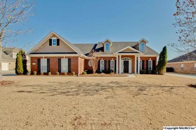 7007 Greystone Lane, Owens Cross Roads, AL 35763
