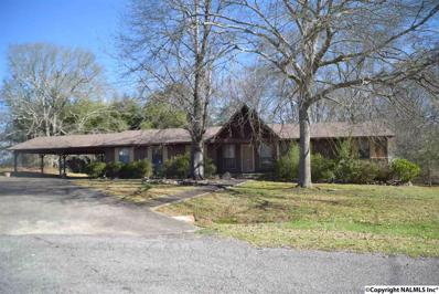 820 Holly Creek Drive, Gadsden, AL 35904