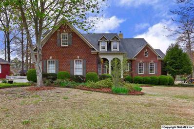 2918 Madrey Lane Se, Hampton Cove, AL 35763
