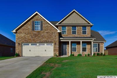 108 Bakers Farm Drive, Priceville, AL 35603