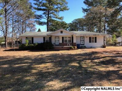 530 Sutton Bridge Road, Rainbow City, AL 35906 - #: 1112104
