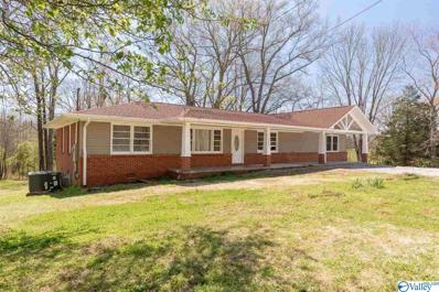 428 Walt Campbell Road, Hazel Green, AL 35750
