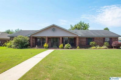 2832 Winthrop Drive, Decatur, AL 35603