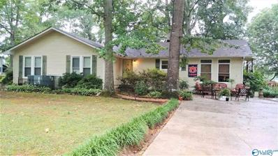 67 Hickory Lane, Decatur, AL 35603 - #: 1120797