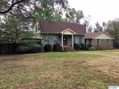 110 Oakleaf Circle, Moulton, AL 35650