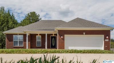 206 Chestnut Oak Circle, Owens Cross Roads, AL 35763
