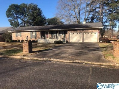 1902 Azalea Circle Sw, Decatur, AL 35601