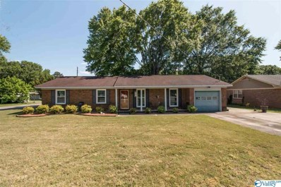 1319 Count Mallard Drive, Decatur, AL 35601