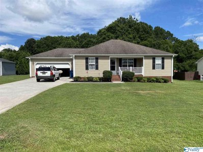 73 Mary Jo Isom Lane, Arab, AL 35016