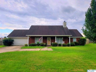 722 Elkwood Section Road, Hazel Green, AL 35750