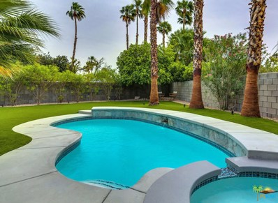 1121 E El Escudero, Palm Springs, CA 92262 - MLS#: 18338646PS