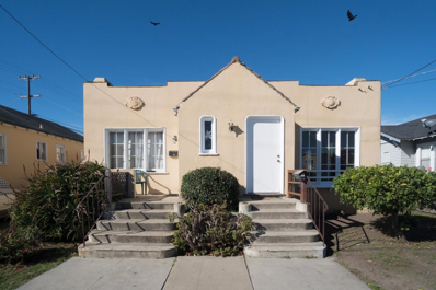 394 Larkin Street, Monterey, CA 93940 - MLS#: 52131359