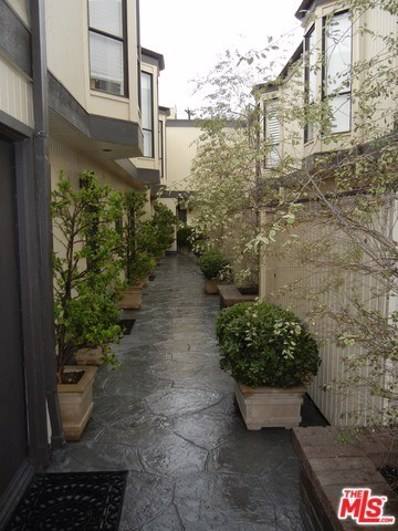 880 Hilldale Avenue UNIT 14, West Hollywood, CA 90069 - MLS#: 18326808