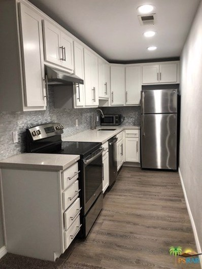 550 N VILLA Court UNIT 207, Palm Springs, CA 92262 - MLS#: 18355702PS