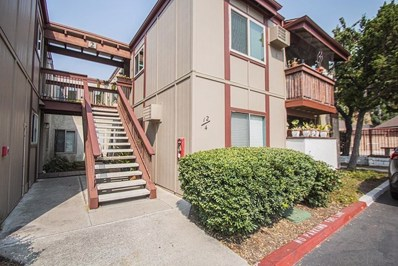 5483 Adobe Falls Rd UNIT 12, San Diego, CA 92120 - MLS#: 200045031