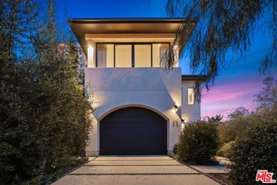 310 N Lucerne Boulevard, Los Angeles, CA 90004 - MLS#: 21679932