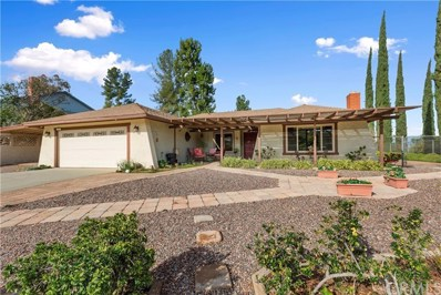 15607 Saddleback Road, Riverside, CA 92506 - MLS#: IV19025824
