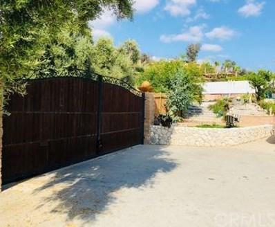 3595 Manzanita Drive, San Bernardino, CA 92404 - MLS#: IV19236686