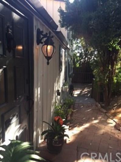 900 Temple Terrace UNIT 1\/2, Laguna Beach, CA 92651 - MLS#: LG17215995