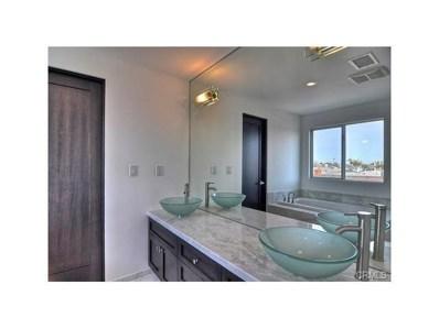 408 E Balboa Boulevard UNIT B, Newport Beach, CA 92661 - MLS#: OC17245566