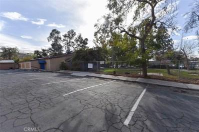 220 W Big Springs Road, Riverside, CA 92507 - MLS#: OC18053089