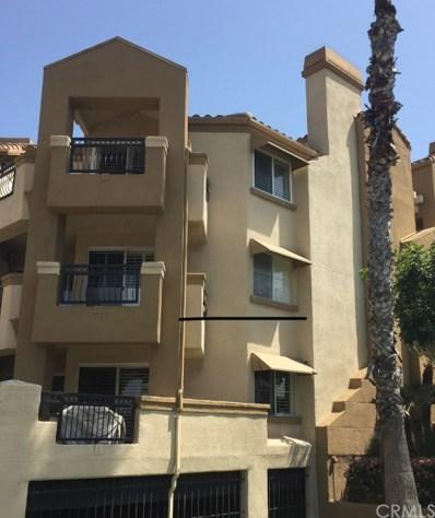 420 Lake Street UNIT 301, Huntington Beach, CA 92648 - MLS#: OC18085857