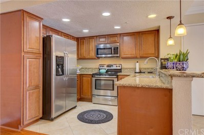128 S Cross Creek Road UNIT C, Orange, CA 92869 - MLS#: OC18094710