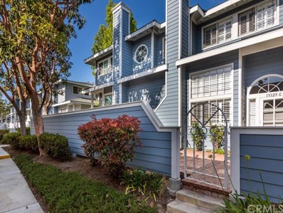 19125 Beachcrest Lane UNIT C, Huntington Beach, CA 92646 - MLS#: OC18121768