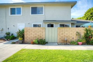 4635 Via Vista Circle UNIT 31, Huntington Beach, CA 92649 - MLS#: OC18280870