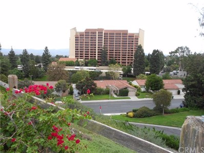 24055 Paseo Del Lago UNIT 1052, Laguna Woods, CA 92637 - MLS#: OC18297500