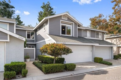 22255 Newbridge Drive UNIT 30, Lake Forest, CA 92630 - MLS#: OC19264328